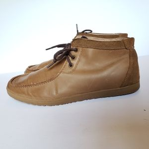 Aldo leather chukka boots with suede accents